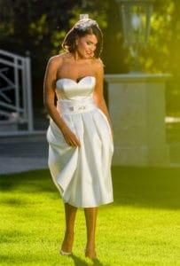 sposa con abito corto