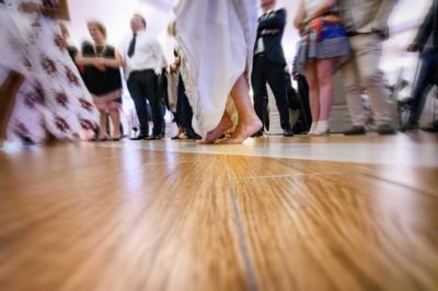 piedi che  ballano